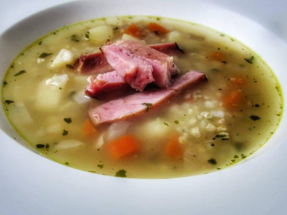 Uzená polévka s pohankou