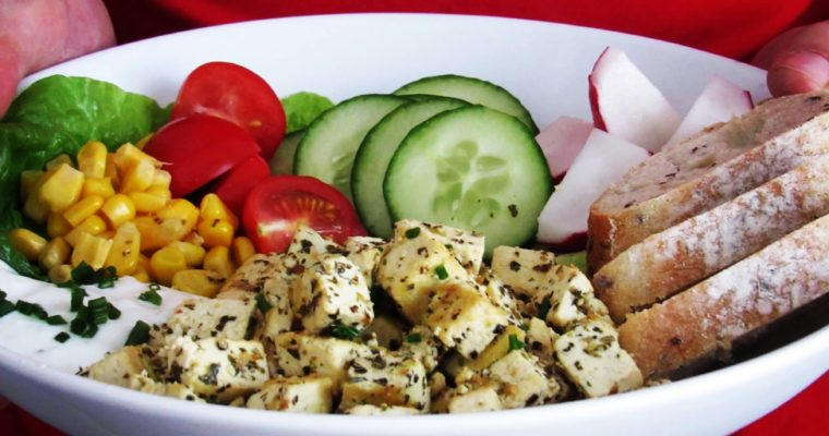Bylinkové tofu se zeleninou